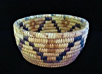 Vintage Native American Indian Papago Pictoral Star Hand Coiled Basket Bowl