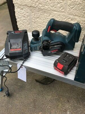 Bosch GHO 18V-Li Planer Complete With Battery And Charger Lot 1