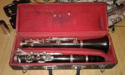 Vintage Wood Clarinet; Buffet brand; key B flat; Good Condition; Made in Paris