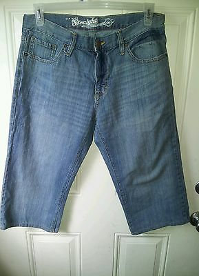 "Old Navy men/boys blue straight leg jeans W33 inseam19"" short/little people MINT"
