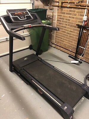Nordic Track T9si Treadmill Running Machine - Good Condition