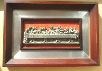 VTG  LAST SUPPER 3D 88% PURE  PEWTER IN A  WOOD FRAME ITALY  SIGNED A,L.10 x 7