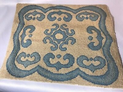 "Vintage Miniature Decorative DOLLHOUSE WOOL RUG~Large Blue*Ivory*12"" Carpet"