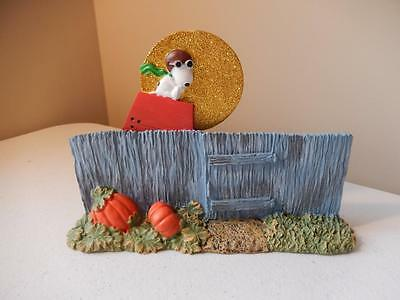 Department 56 (NEW) Halloween - Snoopy Waiting for the Great Pumpkin