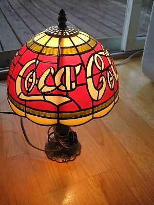 Vintage Coca Cola Plastic Shade Tiffany Style Table Lamp Stain Glass Look