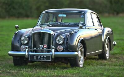 1960 Bentley S2 Continental Flying Spur 6-light Saloon by H.J. Mulliner