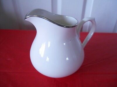 Towle Silversmiths Creamer Fine Bone China Colonmade Platinum