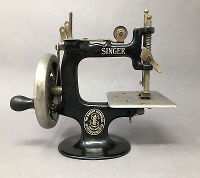 VINTAGE SINGER MINIATURE HAND CRANK SEWING MACHINE Small Antique Inspiration Sewing Machine Repair Ann Arbor