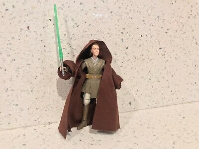Star Wars: 2013 TRU KHAAT QIYN (BATTLE OF GEONOSIS FIGURE) Loose