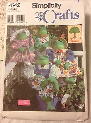 "1997 Simplicity Sewing Pattern 7542 30"" Frog & Clothes Uncut"