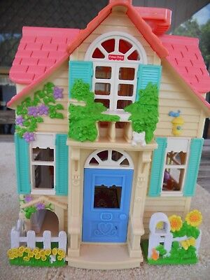 Fisher Price Sweet Streets Take Along Dolls House