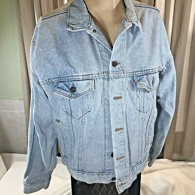 Levis Blue Jean Denim Trucker Jacket Faded Worn 70507-4834 Medium Red Tab USA