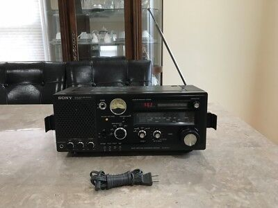 SONY FM/MW/SW1/SW2/SW3   5Band Receiver Model No ICF-6700W, Good Condition.