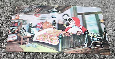 Rare Vintage Little Red Riding Hood Lenticular 3D Post Card 1966