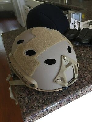 Authentic Ops-core Fast Carbon Fiber Bump helmet SM