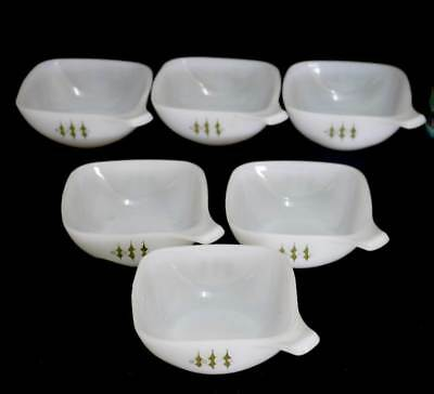 Vintage set of 6 Pyrex 1970s milk glass handled ramekins