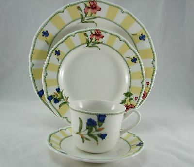 Homecraft by Noritake Summer Estate 4 Piece Place Setting (s) MINT