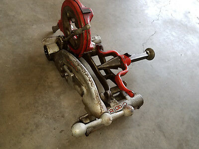 Ridgid 535 Pipe Threader Carriage With Cutter, Reamer & Universal Die Head