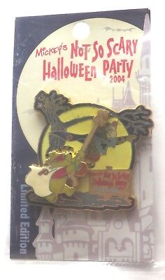 Walt Disney World pin: MNSSHP Halloween 2004 - Pooh and Tigger, LE 2000