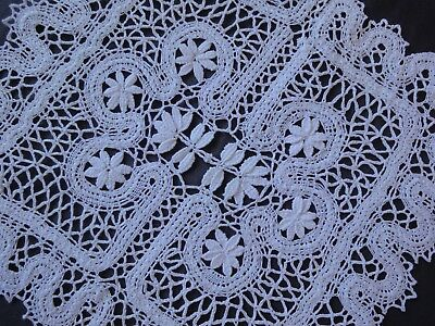 Beautiful Vintage Handmade Cotton Crochet Brussels Lace White Tablecloth