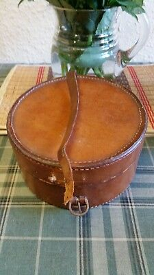 Antique / Vintage Leather Collar Box 1921