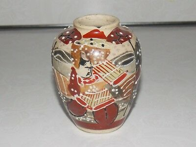 Antique Kyoto Satsuma Miniature Japanese Pottery Vessel Vase Figures