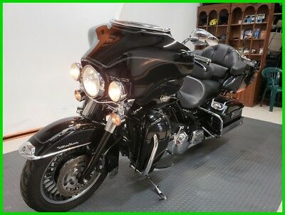 2009 Touring  2009 Harley-Davidson FLHTCUI Touring Electra Glide Ultra Classic, No Reserve!!