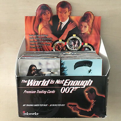 James Bond World Is Not Enough 240 Basiskarten in Box Base Cards Trading Cards