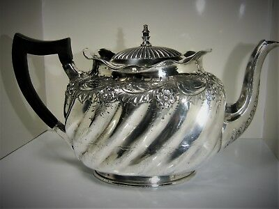 Antique Solid Silver Two Pint Teapot: good used condition