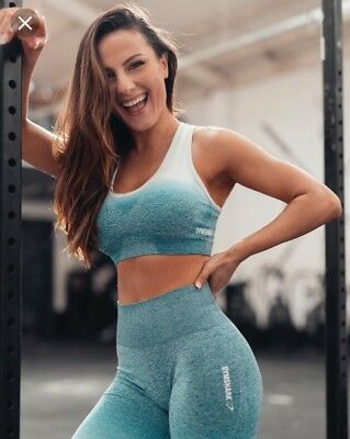 057a0c7e6d0c3 Ladies Women s Gymshark Ombre Seamless Sports Bra Gym Deep Teal Ice Blue -  Small
