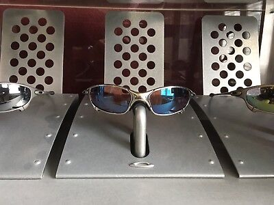a20498410a261 ... discount code for oakley x metal display stand for romeo juliet mars xx  494b4 24daf