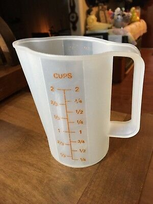 Vintage Tupperware Two Cup Measuring Cup Pitcher #1669