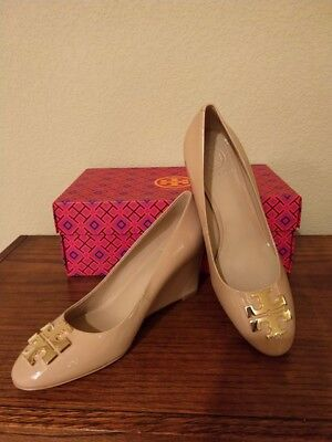 5bf7cfd07 TORY BURCH RALEIGH 70mm Wedge Patent Leather Sandals Tory Beige Size ...