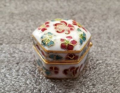 Vintage Chinese Floral pattern Purple hexegon Cloisonne box