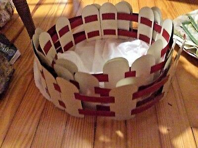 1950s Red White Metal Christmas Tree Fence Vintage
