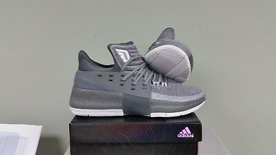 wholesale dealer cae44 9a19b Adidas Dame 3 Mens Basketball Shoes - Size 13