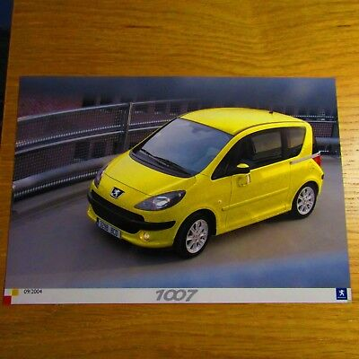 PEUGEOT 1007 Yellow Original Colour Press Photo Brochure Photograph Sept 2004
