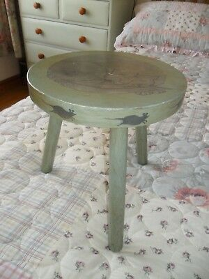 Unusual Antique Painted 3 Legs Milking Stool - Cat & Mice decoration