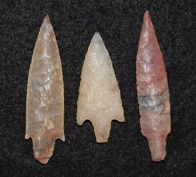 3 best quality Sahara Neolithic stemmed points,