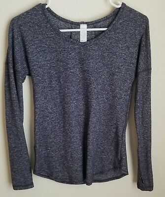 6f42a2948 IVIVVA BY LULULEMON Size 12 Girls Long sleeve Top - $20.06 | PicClick