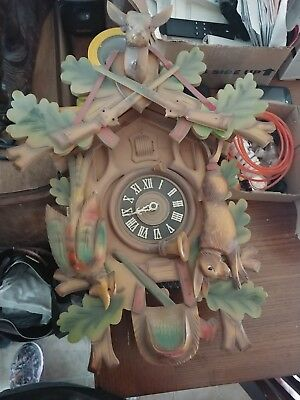 Vintage Germany German Cuckoo clock,  doesn't work..only for parts!