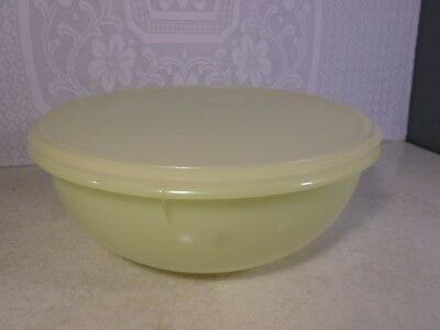 Vintage Large Tupperware Yellow Bowl 274-1 with Sheer Lid  224-16  *Beautiful