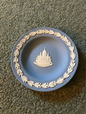 Wedgwood Blue Jasper 1972 Christmas Plate St Paul's Cathederal
