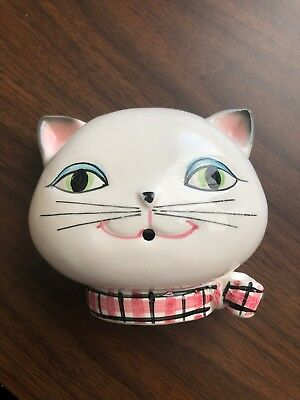 Vintage 1958 HOLT HOWARD Wall Mounted Cat Yarn Holder. Excellent Condition.