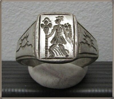 ** VICTORIA holding  LEGIONARY STANDARDS **Ancient Silver Roman Ring **AMAZING *
