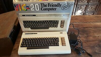 Vintage Commodore Pc Personal Color Computer Vic20 Vic-20 W/ Box