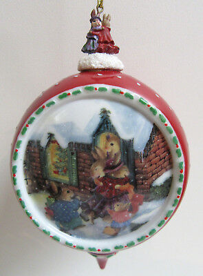 Bradford HOME IS WHERE MY HEART IS Christmas Comes to Holly Pond Hill Ornament