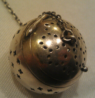 Watrous Mfg. Co. Sterling Silver Tea Ball Strainer