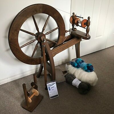 Ashford Spinning Wheel and Accessories in Great Working Condition