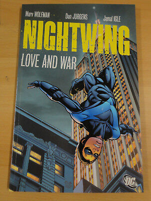 Nightwing Love and War - Graphic Novel